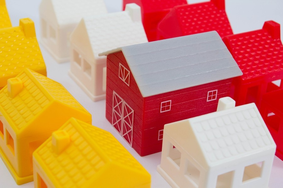 家を建てるならどこに頼む?工務店?それともハウスメーカー?